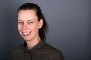 Caroline Voet - Profielfoto website en LinkedIn